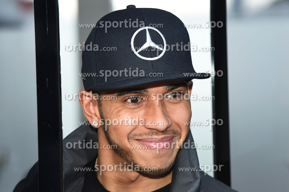 27.02.2015, Circuit de Catalunya, Barcelona, ESP, FIA, Formel 1, Testfahrten, Barcelona, Tag 2, im Bild Lewis Hamilton (GBR) Mercedes AMG F1 // during the Formula One Testdrives, day two at the Circuit de Catalunya in Barcelona, Spain on 2015/02/27. EXPA Pictures &copy; 2015, PhotoCredit: EXPA/ Sutton Images/ Mark Images<br /> <br /> *****ATTENTION - for AUT, SLO, CRO, SRB, BIH, MAZ only*****