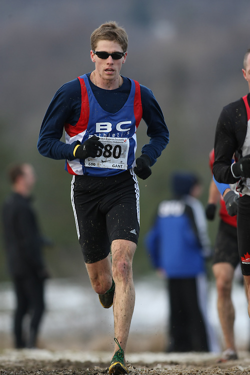 Guelph, Ontario ---29/11/08---  DYLAN G. GANT competes in the senior men's race at the 2008 AGSI Canadian Cross Country Championships in Guelph, Ontario, November 29, 2008..Sean Burges Mundo Sport Images
