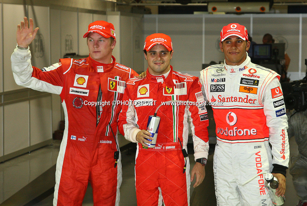 Pole position for Felipe Mass, runner up Kimi Raikkonen and 3rd Lewis Hamilton.<br />F1 GP Singapore, Sunday 28 September 2008. Photo: ATP/PHOTOSPORT