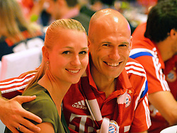 "17.05.2014, T Com, Berlin, GER, DFB Pokal, Bayern Muenchen Pokalfeier, im Bild Arjen Robben and Bernadien Robben Arjen Robben, Bernadien Robben, // during the FC Bayern Munich ""DFB Pokal"" Championsparty at the T Com in Berlin, Germany on 2014/05/17. EXPA Pictures © 2014, PhotoCredit: EXPA/ Eibner-Pressefoto/ EIBNER<br /> <br /> *****ATTENTION - OUT of GER*****"