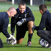 St Johnstone's new keeper Alan Miller who Billy Stark has signed on loan from Blackburn Rovers for 3 months, with Kevin Cuthbert (right) and Craig Devlin<br /><br />see story by Gordon Bannerman Tel: 01738 553978<br /><br />Picture by Graeme Hart<br />Copyright Perthshire Picture Agency<br />Tel: 01738 623350  Mobile: 07990 594431