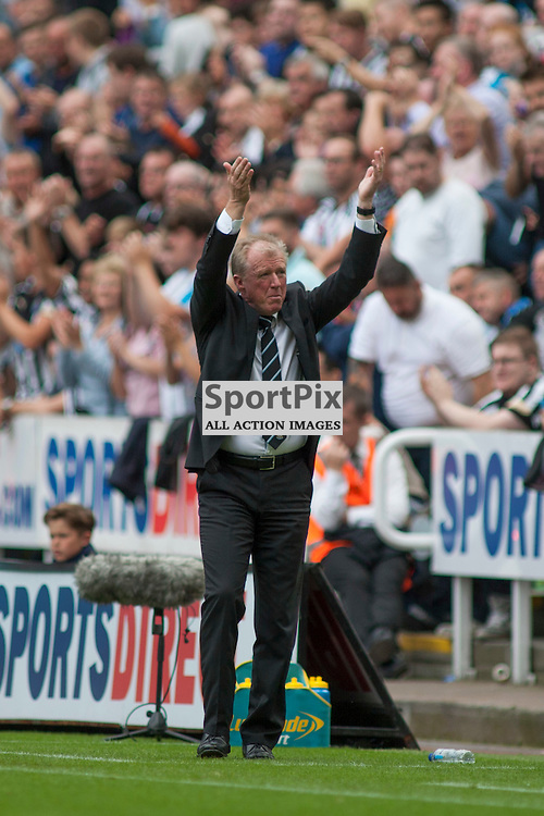 Steve Mcclaren tried to raise the spirits of the home fans in the Newcastle United v Arsenal Barclays Premier League match at St James' Park Newcastle 29 August 2015<br /><br />(c) Russell G Sneddon / SportPix.org.uk