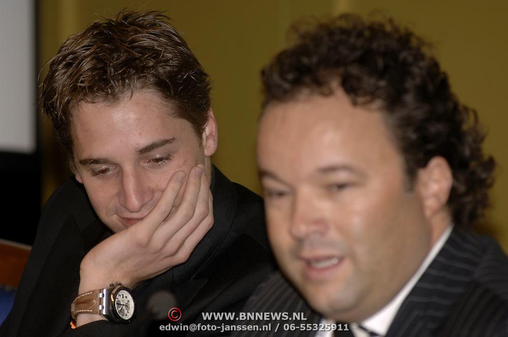 NLD/Vinkeveen/20051101 - Persconferentie Christijan Albers word de nieuwe rijder voor F1 Midland