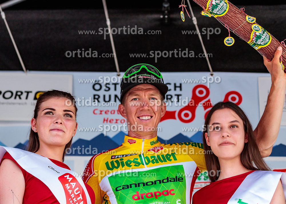 05.07.2017, Altheim, AUT, Ö-Tour, Österreich Radrundfahrt 2017, 3. Etappe von Wieselburg nach Altheim (226,2km), im Bild Gesamtführender, gelbes Trikot Sep Vanmarcke (BEL, Cannondale Drapac Professional Cycling Team) // Overall Leader Yellow Jersey Sep Vanmarcke (BEL Cannondale Drapac Professional Cycling Team) during the 3rd stage from Wieselburg to Altheim (199,6km) of 2017 Tour of Austria. Altheim, Austria on 2017/07/05. EXPA Pictures © 2017, PhotoCredit: EXPA/ JFK