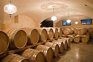 Italie, Fumane, 20080403<br /> Wijnhuis Allegrini in de Valpolicella regio.<br /> De wijnkelder<br /> de familie Allegrini heeft een leidende rol gespeeld in de geschiedenis van Fumane en Valpolicella sinds de 16e eeuw en is geslaagd op de cultuur van wijnbereiding van generatie op generatie.<br /> <br /> Italy, Fumane 20080403<br /> Allegrini winery in the Valpolicella region.<br /> The wine cellar<br /> the Allegrini family has played a leading role in the history of fumane and of Valpolicella since the 16th century and has passed on the culture of wine-making from generation to generation.