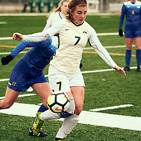 5th year Forward, Brianna Wright (7) of the Regina Cougars during the Women's Soccer home game on Sat Oct 13 at U of R Field. Credit: Arthur Ward/Arthur Images