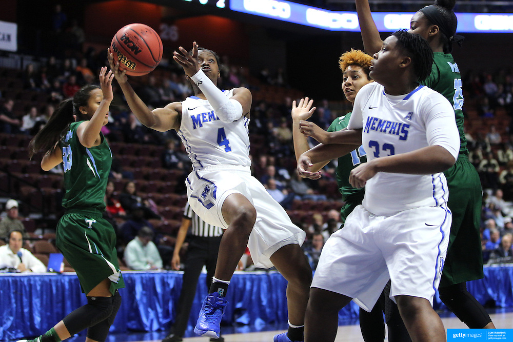 Ariel Hearn, Memphis, drives to the basket during the Tulane Green Wave Vs Memphis Tigers Quarter Final match at the  2016 American Athletic Conference Championships. Mohegan Sun Arena, Uncasville, Connecticut, USA. 5th March 2016. Photo Tim Clayton
