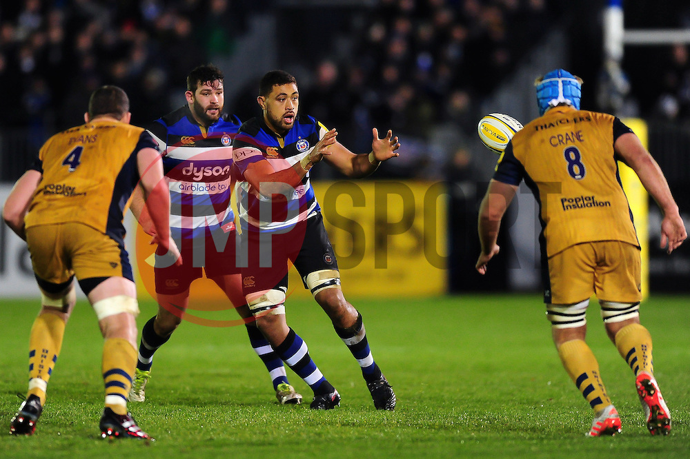 Taulupe Faletau of Bath Rugby receives the ball - Mandatory byline: Patrick Khachfe/JMP - 07966 386802 - 18/11/2016 - RUGBY UNION - The Recreation Ground - Bath, England - Bath Rugby v Bristol Rugby - Aviva Premiership.