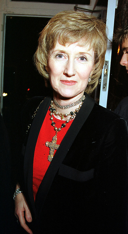 CAROLINE, COUNTESS DE CABARRUS sister of the Duke of Northumberland, at a party in London on 7th December 1999.MZT 93
