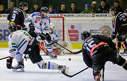 26.10.2015, Messestadion, Dornbirn, AUT, EBEL, Dornbirner Eishockey Club vs HDD Telemach Olimpija Ljubljana, 16. Runde, im Bild James Arniel, ((Dornbirner Eishockey Club, #09) Andrej Tavzely, (HDD Telemach Olimpija Ljubljana, #18), Dustin Sylvester, (Dornbirner Eishockey Club, #19)// during the Erste Bank Icehockey League 16th round match between Dornbirner Eishockey Club and HDD Telemach Olimpija Ljubljana at the Messestadion in Dornbirn, Austria on 2015/10/26, EXPA Pictures © 2015, PhotoCredit: EXPA/ Peter Rinderer