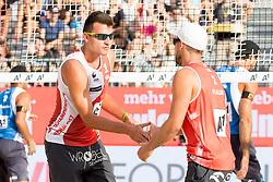 28.07.2017, Donauinsel, Wien, AUT, FIVB Beach Volleyball WM, Wien 2017, Herren, Gruppe J, im Bild v.l. Michal Bryl (POL), Grzegorz Fijalek (POL) // f.l. Michal Bryl of Poland Grzegorz Fijalek of Poland during the men's group J match of 2017 FIVB Beach Volleyball World Championships at the Donauinsel in Wien, Austria on 2017/07/28. EXPA Pictures © 2017, PhotoCredit: EXPA/ Sebastian Pucher