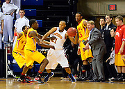 #7 VMI destroys #6 Winthrop in Big South semi-final, 75-55