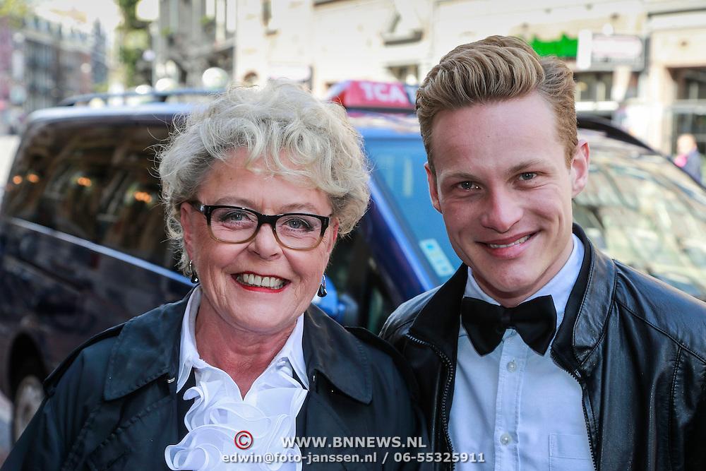 NLD/Amsterdam/20130428 - Premiere Jon en de Jongens, Marianne van Wijnkoop en .................