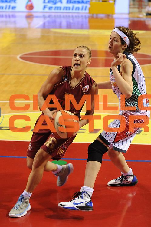DESCRIZIONE : Perugia Lega A1 Femminile 2010-11 Coppa Italia Semifinale Liomatic Umbertide Umana Reyer Venezia<br /> GIOCATORE : Anastasia Kostaki<br /> SQUADRA : Umana Reyer Venezia<br /> EVENTO : Campionato Lega A1 Femminile 2010-2011 <br /> GARA : Liomatic Umbertide Umana Reyer Venezia<br /> DATA : 12/03/2011 <br /> CATEGORIA : penetrazione<br /> SPORT : Pallacanestro <br /> AUTORE : Agenzia Ciamillo-Castoria/M.Marchi<br /> Galleria : Lega Basket Femminile 2010-2011 <br /> Fotonotizia : Perugia Lega A1 Femminile 2010-11 Coppa Italia Semifinale Liomatic Umbertide Umana Reyer Venezia<br /> Predefinita :