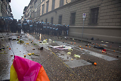 November 5, 2016 - Florence, Italy - Clash in Florence at anti Renzi protest. (Credit Image: © Lorenzo Apra/Pacific Press via ZUMA Wire)