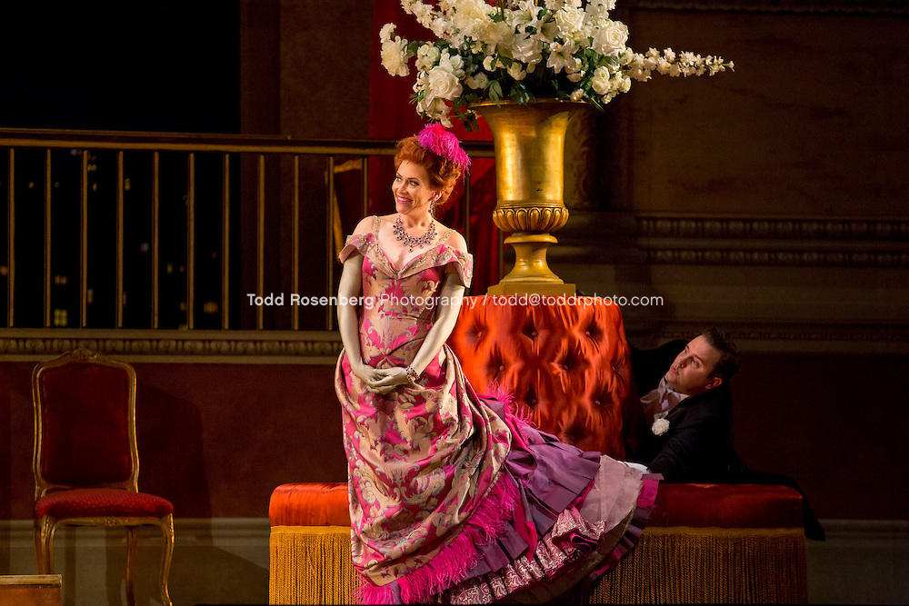 11/11/15 1:37:01 PM -- <br /> The Lyric Opera of Chicago Presents<br /> &quot;The Merry Widow&quot;<br /> Renee Fleming<br /> <br /> &copy; Todd Rosenberg Photography 2015