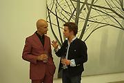 Edward Downpatrick and Alex Katz, Alex Katz 'One Flight Up' at the new Timothy Taylor Gallery , 15 Carlos Place. London. 11 October 2007. -DO NOT ARCHIVE-© Copyright Photograph by Dafydd Jones. 248 Clapham Rd. London SW9 0PZ. Tel 0207 820 0771. www.dafjones.com.