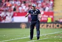 Fussball  3. Liga  Saison 2018/2019  1. Spieltag  1. FC Kaiserslautern - TSV 1860 Muenchen     28.07.2018 Trainer Daniel Bierofka (1860 Muenchen) enttaeuscht