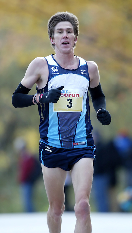 "(Toronto, Ontario -- 17 Oct 2009) DYLAN WYKES competing in the 2009 OASIS Zoo Run 10K run and Athletics Canada national 10 km road racing championship at the Toronto Zoo. [Photo credit should read ""Sean Burges / Mundo Sport Images""]"
