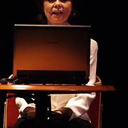 NLD/Amersfoort/20080216 - Concert 104 jarige Johannes Heesters, zijn partner Simone Rethel leest voor