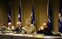 Ski Alpin; Saison 2006/2007  Abfahrt Herren FIS Renndirektor Goenther Hujara (GER,2.v.re) bei einer Sitzung des OK mit allen Trainern FOTO : Pressefoto ULMER / Markus Ulmer