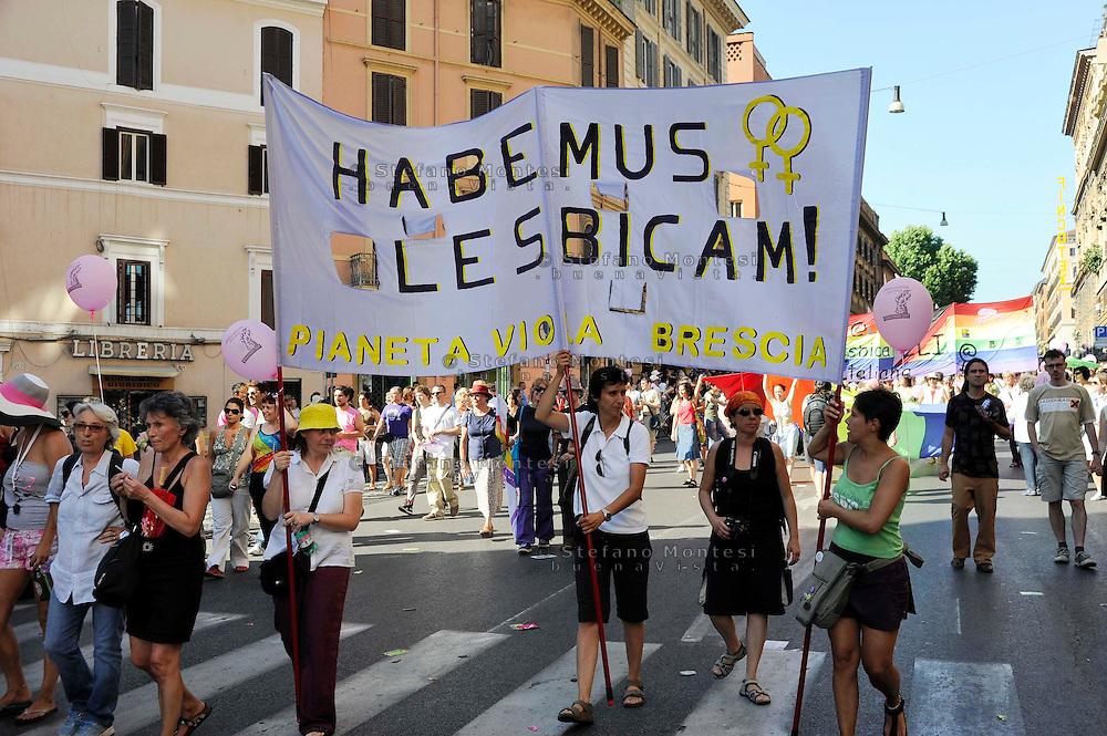Roma 13 Giugno 2009.GayPride 2009..La Sfilata del Gay pride, la giornatà dell' orgoglio omossessuale per le vie della città.