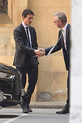 © Licensed to London News Pictures. 17/06/2019. London, UK. Leadership candidates RORY STEWART (left) and MICHAEL GOVE (right) shaking hands during conversation at the Houses of Parliament in London. Boris Johnson has cemented his position as favourite to become the next Prime Minster after winning a landslide in the first round of the conservative party's leadership race. Photo credit: Ben Cawthra/LNP