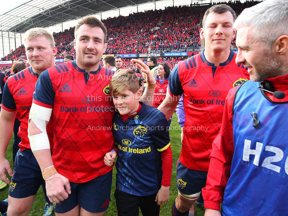 Dan Foley, the son of Anthony Foley with Nialll Sannell of Munster. European Rugby Champions cup match, pool one, Munster Rugby v Glasgow Warriors at Thomond Park in Limerick , Ireland on Saturday 22nd October 2016.<br /> pic by  John Halas, Andrew Orchard sports photography.