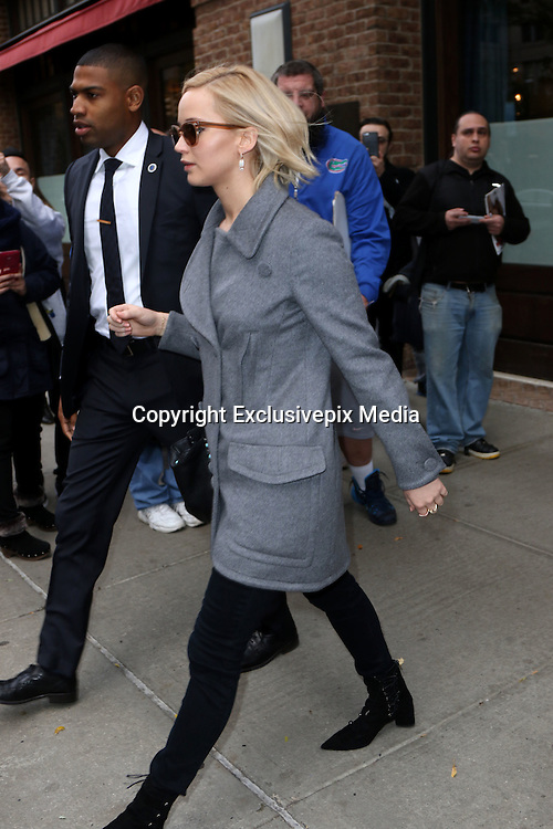 Nov. 18, 2015 - New York, NY, USA - Actress Jennifer Lawrence leaves a downtown hotel<br /> &copy;Exclusivepix Media