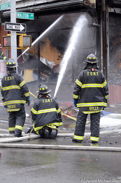 20140323 82 East Burnside ave, New York, USA// Fire rips through storefronts in 3 alarm blaze in the Bronx. Multiple units from the Bronx and manhattan responded Michael Glenn