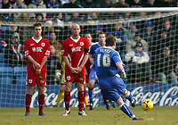 Photo: Chris Ratcliffe.<br />Gillingham v Bristol City. Coca Cola League 1. 26/12/2005.<br />Michael Flynn of Gillingham scores from a free kick to equalise at Preistfield.