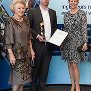NLD/Delft/20160316 - Prinses Mabel en Prinses Beatrix aanwezig bij uitreiking Prins Friso Ingenieursprijs 2016 Tim Horeman-Franse verkozen tot Ingenieur van het Jaar en de  prinsessen Beatrix en Mabel.