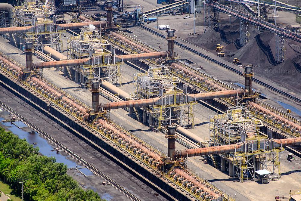 Brasil - Vista Aerea do Parque Industrial da Sun Coke - Serra - Espirito Santo - Foto: Gabriel Lordello/ Mosaico Imagem