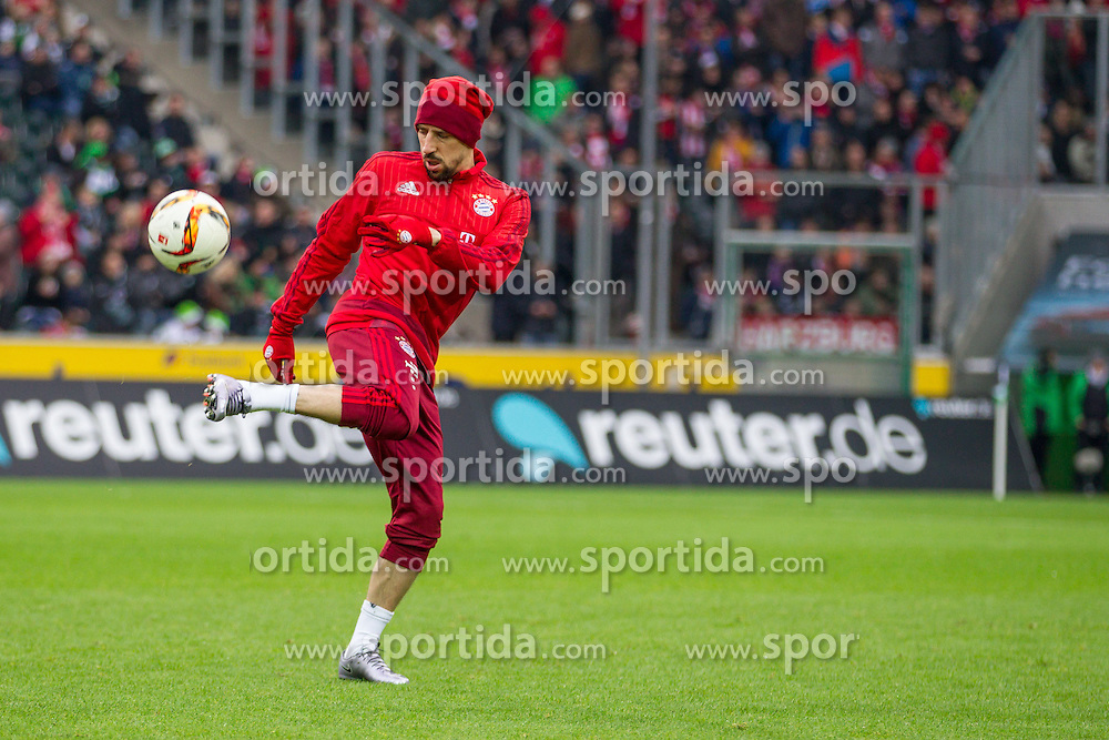 05.12.2015, Stadion im Borussia Park, Moenchengladbach, GER, 1. FBL, Borussia Moenchengladbach vs FC Bayern Muenchen, 15. Runde, im Bild Franck Ribery (FC Bayern Muenchen #7) // during the German Bundesliga 15th round match between Borussia Moenchengladbach and FC Bayern Muenchen at the Stadion im Borussia Park in Moenchengladbach, Germany on 2015/12/05. EXPA Pictures &copy; 2015, PhotoCredit: EXPA/ Eibner-Pressefoto/ Sch&uuml;ler<br /> <br /> *****ATTENTION - OUT of GER*****