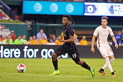 ST. LOUIS, USA - Monday, August 1, 2016: Liverpool's Daniel Sturridge in action against AS Roma during a pre-season friendly game on day twelve of the club's USA Pre-season Tour at the Busch Stadium. (Pic by David Rawcliffe/Propaganda)