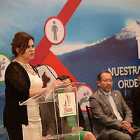 TOLUCA, México.- (Julio 05, 2017).- La Senadora María Elena Barrera  Tapia  durante el Foro Nuestra Toluca… con visión ordenada y sustentable, a través del Plan Municipal de Desarrollo Urbano. Agencia MVT / Crisanta Espinosa.