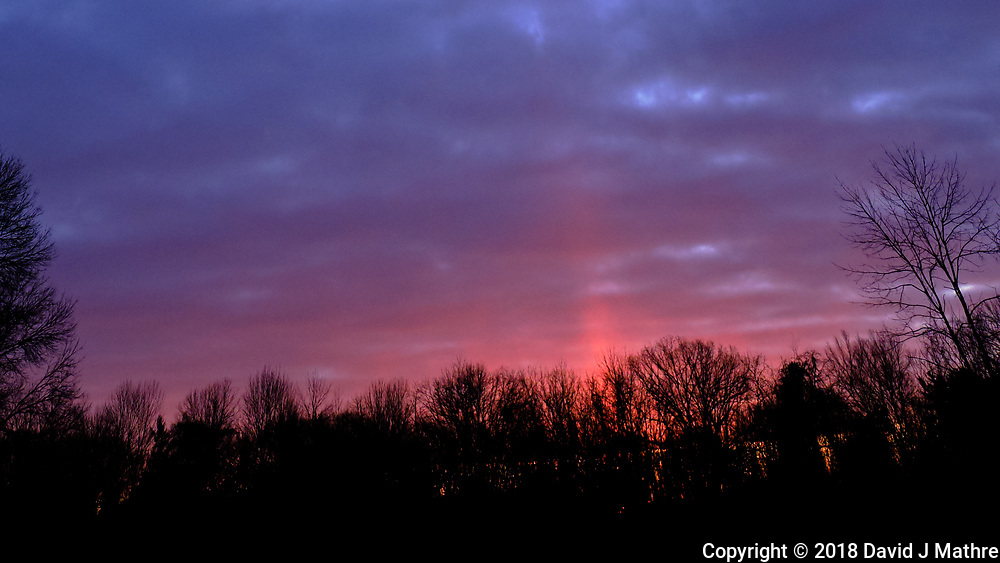Solar Light Pillar at Dawn. Image taken with a Fuji X-T3 camera and 8-16 mm f/2.8 lens (ISO 400, 8 mm, f/5, 1/170 sec)