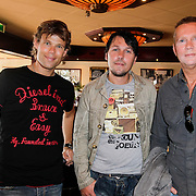 """NLD/Volendam/20120809 - CD presentatie en Gouden Plaaat Jan Smit """" Vrienden"""", 3 J's"""