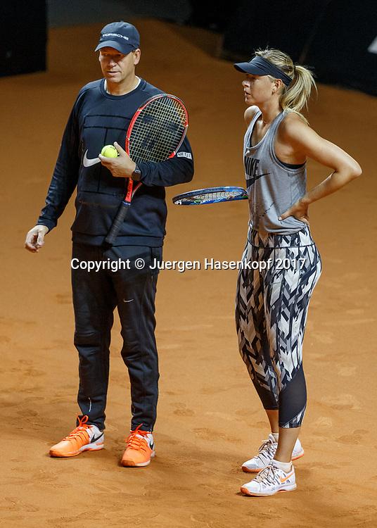 Trainer Sven Groeneveld und MARIA SHARAPOVA (RUS), erstes Training, practise<br /> Tennis - Porsche  Tennis Grand Prix 2017 -  WTA -  Porsche-Arena - Stuttgart -  - Germany  - 26 April 2017.