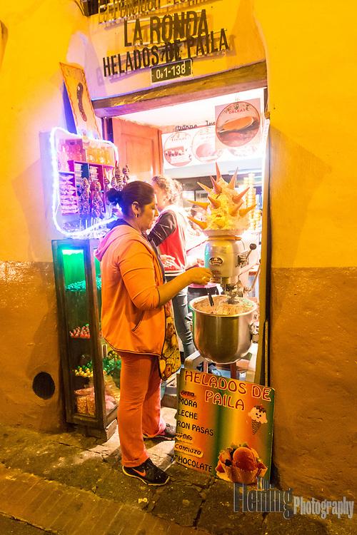Calle La Ronda is a popular tourist destination with numerous artisans, restaurants and gift stores