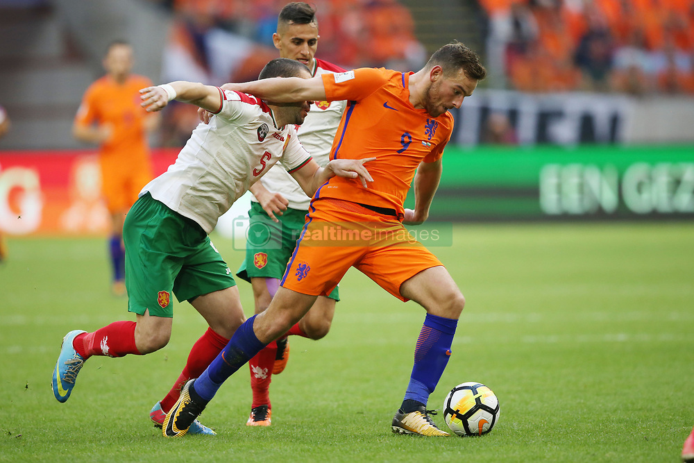 (l-r) Georgi Terziev of Bulgaria, Vincent Janssen of Holland during the FIFA World Cup 2018 qualifying match between The Netherlands and Bulgariaat the Amsterdam Arena on September 03, 2017 in Amsterdam, The Netherlands