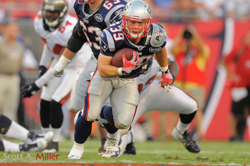New England Patriots running back Danny Woodhead (39) during the Pats game against theTampa Bay Buccaneers at Raymond James Stadium on Aug. 18, 2011 in Tampa, Fla...SPECIAL TO FOXSPORTS.COM/SCOTT A. MILLER