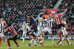 Southampton corner, Boaz Myhill of West Bromwich Albion misses the punch, balls goes behind - Mandatory by-line: Jason Brown/JMP - 07966386802 - 16/01/2016 - FOOTBALL - Southampton, St Mary's Stadium - Southampton v West Bromwich Albion - Barclays Premier League