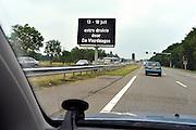 Nederland, Nijmegen, 11-7-2014Op de toegangswegen naar de vierdaagsestad wordt preventief gewaarschuwd voor de drukte en mogelijke omleidingen of vertraging volgende week tijdens de vierdaagse en nijmeegse zomerfeesten.FOTO: FLIP FRANSSEN/ HOLLANDSE HOOGTE