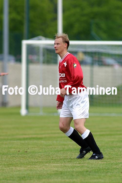02.06.2001 Helsinki, Finland. I divisioona, etel?lohko, FC HIFK v Hang? IK. Janne Murtom?ki (HIFK)..©JUHA TAMMINEN