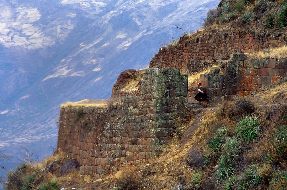 Inca ruina at Pisaq, near Cuzco, Peru