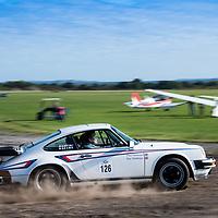 Car 126 Paul Tomlinson / Rosalind Tomlinson