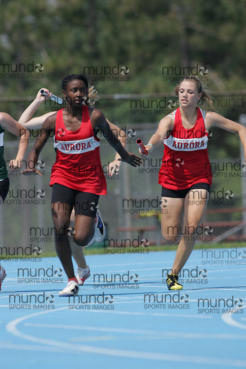 4x100m qualifying round at the 2007 OFSAA track and field championships held in Ottawa.