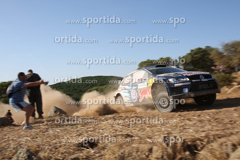 11.06.2015, Putifigari, Alghero, ITA, FIA, WRC, Rally Italia Sardegna 2015, im Bild Jari-Matti Latvala/Miikka Anttila (Volkswagen Motorsport/Polo R WRC) // during the FIA WRC Rallye Italia Sardegna 2015 at Putifigari in Alghero, Italy on 2015/06/11. EXPA Pictures &copy; 2015, PhotoCredit: EXPA/ Eibner-Pressefoto/ Bermel<br /> <br /> *****ATTENTION - OUT of GER*****