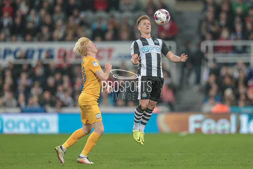 Matt Ritchie (Newcastle United) controls the ball in the air during the EFL Cup 4th round match between Newcastle United and Preston North End at St. James's Park, Newcastle, England on 25 October 2016. Photo by Mark P Doherty.